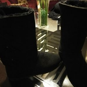 Black Winter Boots by Cloudwalkers 10W